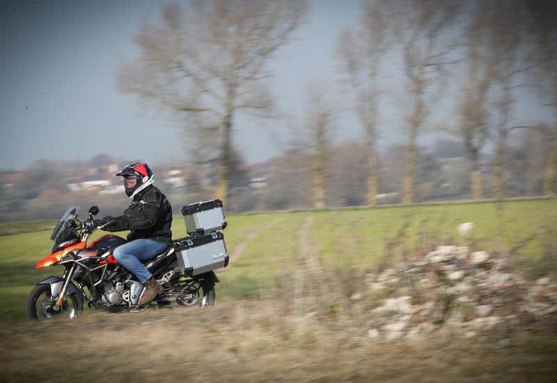zontes-bike-touring