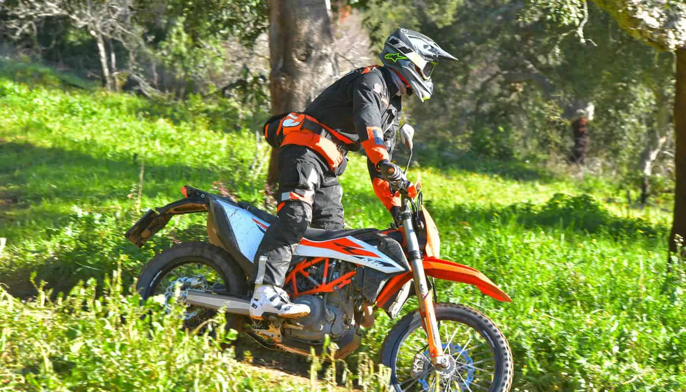 2019 KTM 690 ENDURO R & SMC R QUICK REVIEW