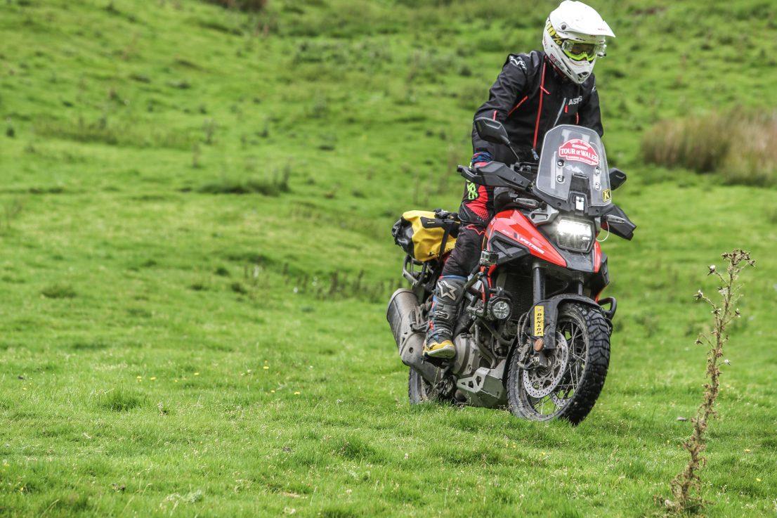 Dunlop Trailmax Mission